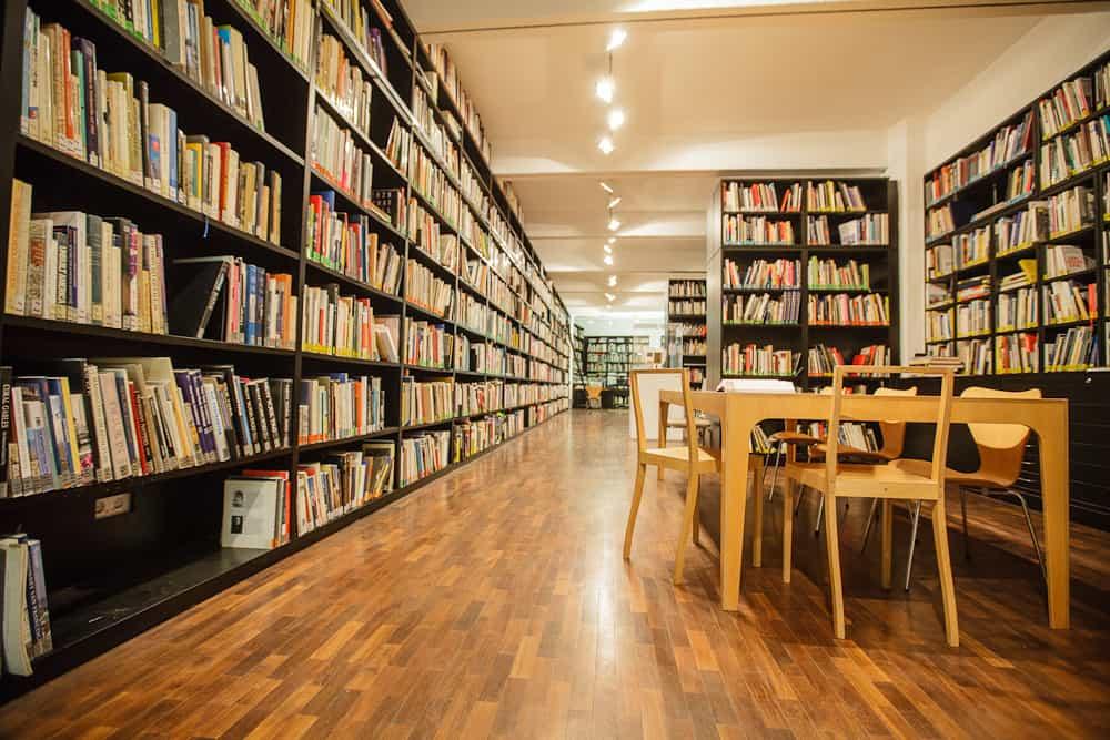 DAM Bibliothek  Foto: Fritz Philipp