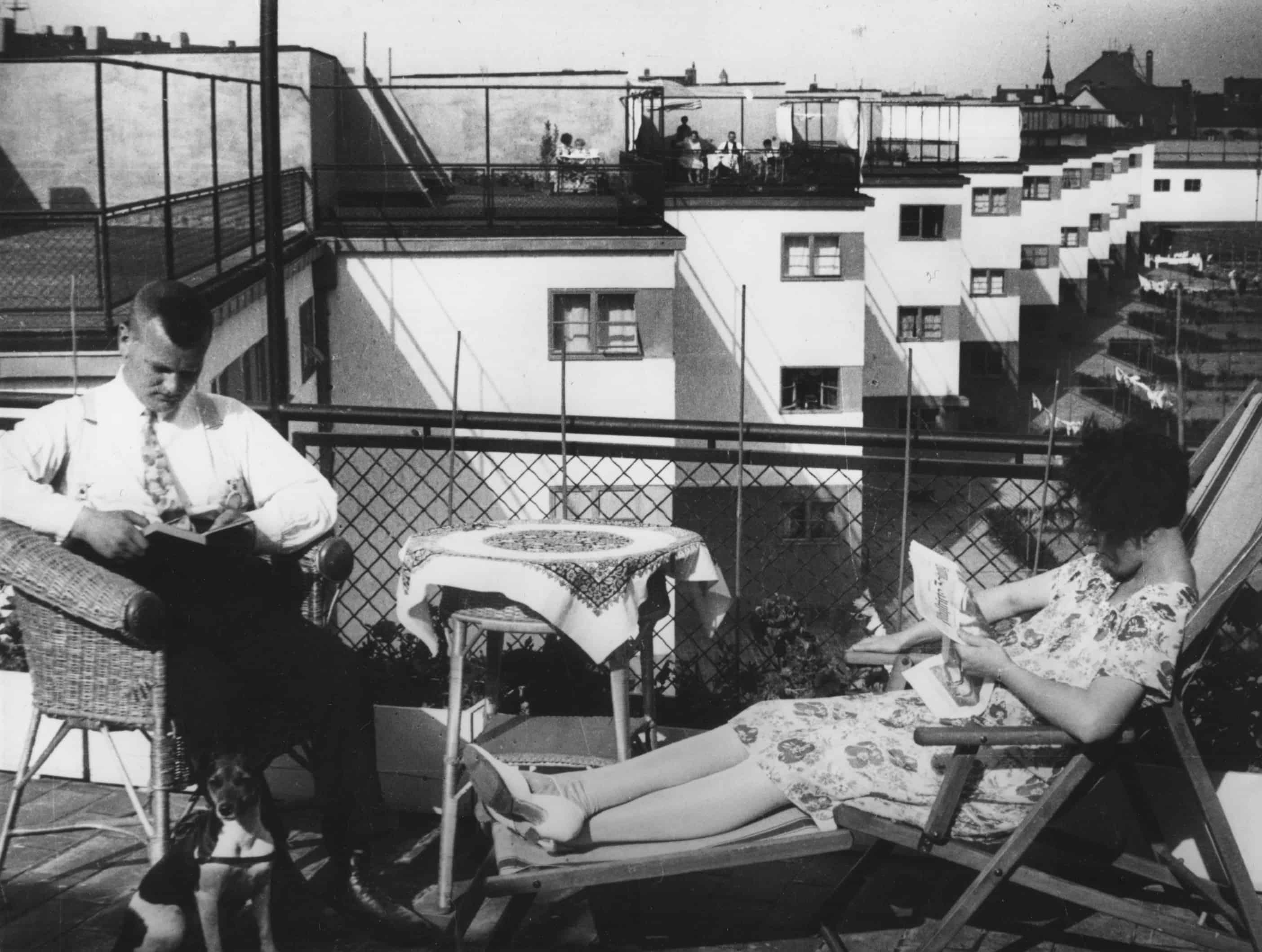 Siedlung Bruchfeldstraße (Zick-Zack-Hausen), Dachterrasse 1930er Jahre \ © Institut für Stadtgeschichte Frankfurt am Main (ISG), S7Wo\12, Dr. Wolff & Tritschler