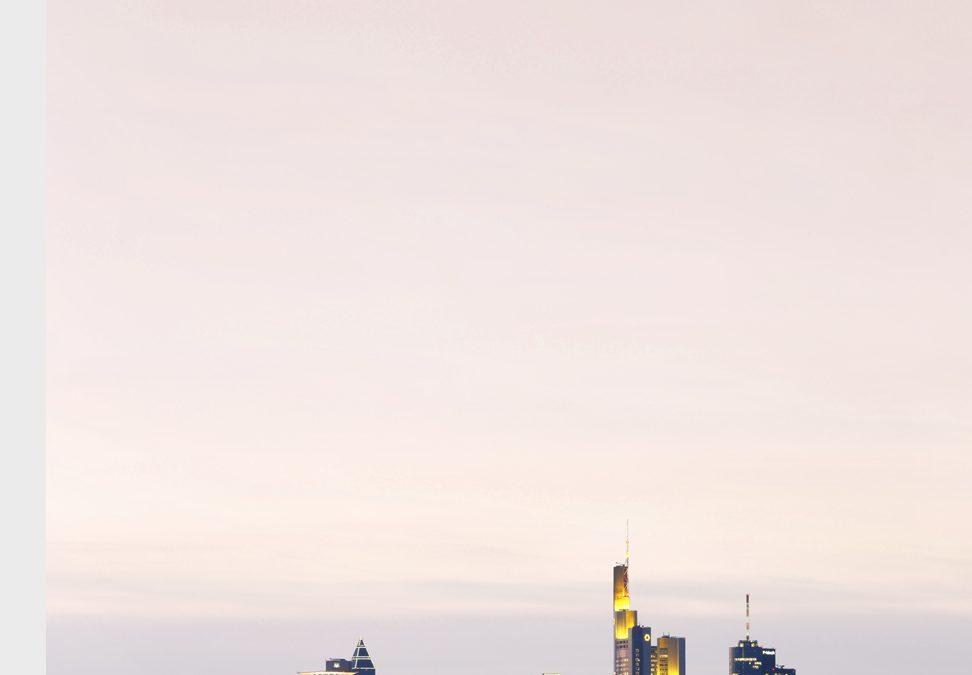 HOCHHAUSSTADT FRANKFURT \ HIGH-RISE CITY FRANKFURT