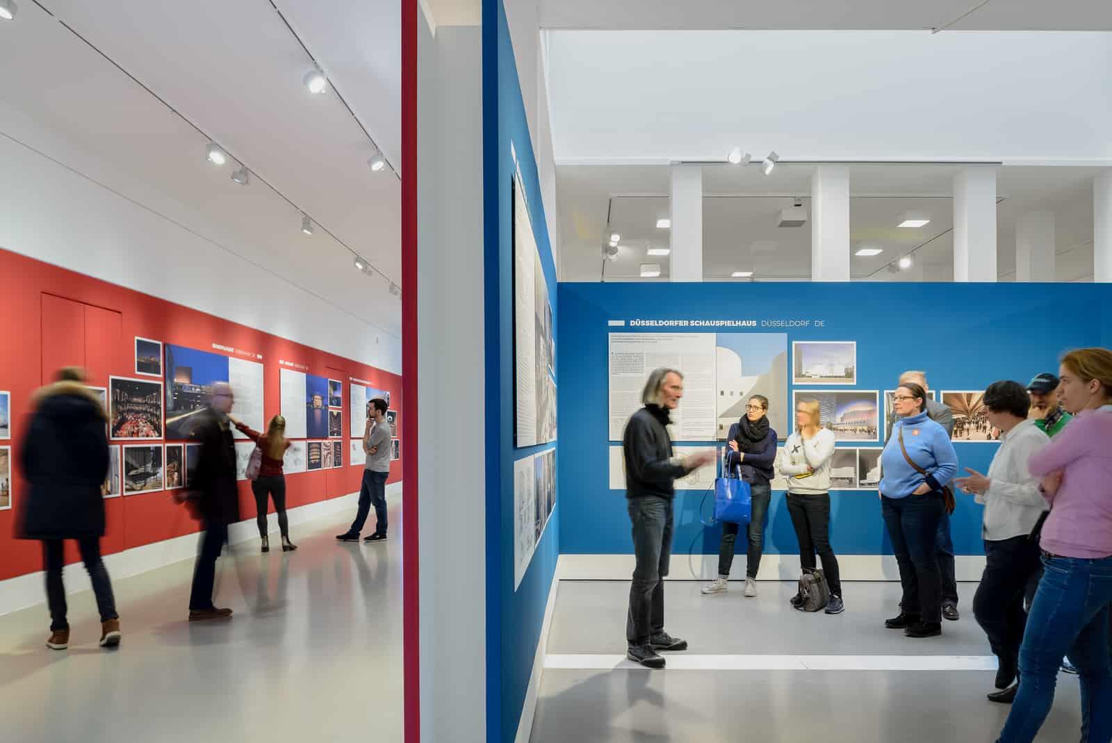 Eindrücke der Ausstellung GROSSE OPER – VIEL THEATER?  Foto: Moritz Bernoully
