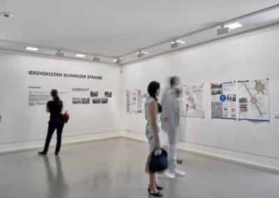 """Eindrücke der Ausstellung Ideenskizzen """"Schweizer Straße"""" \ Foto: Norbert Miguletz"""