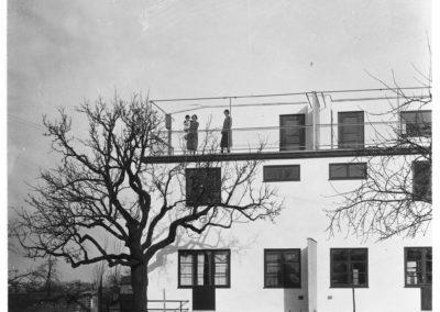 DAM_NeuerMensch_NeueWohnung_Pressebild_SiedlungHoehenblickum1928_(c)EMG_NLRudloff_Inv