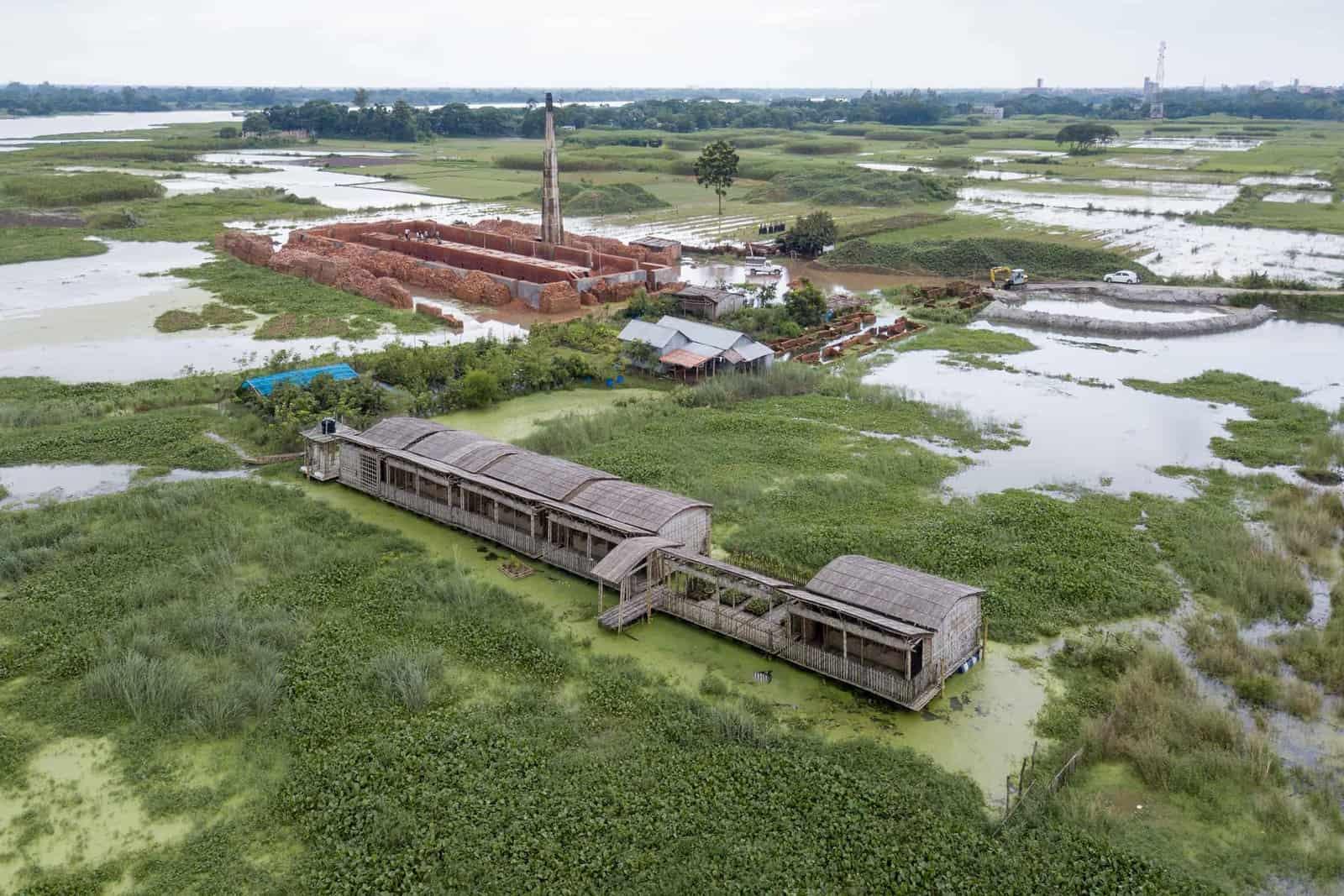 Arcadia School \ Alipur, Keraniganj, Architect: Saif Ul Haque Sthapati \ Copyright: Iwan Baan