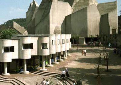 """Gottfried Böhm: Wallfahrtskirche """"Maria, Königin des Friedens"""", Neviges / 1963–68"""