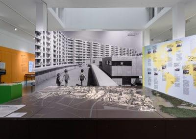 DAM_NeueHeimat_Ausstellung_Foto_Moritz_Bernoully_web_032