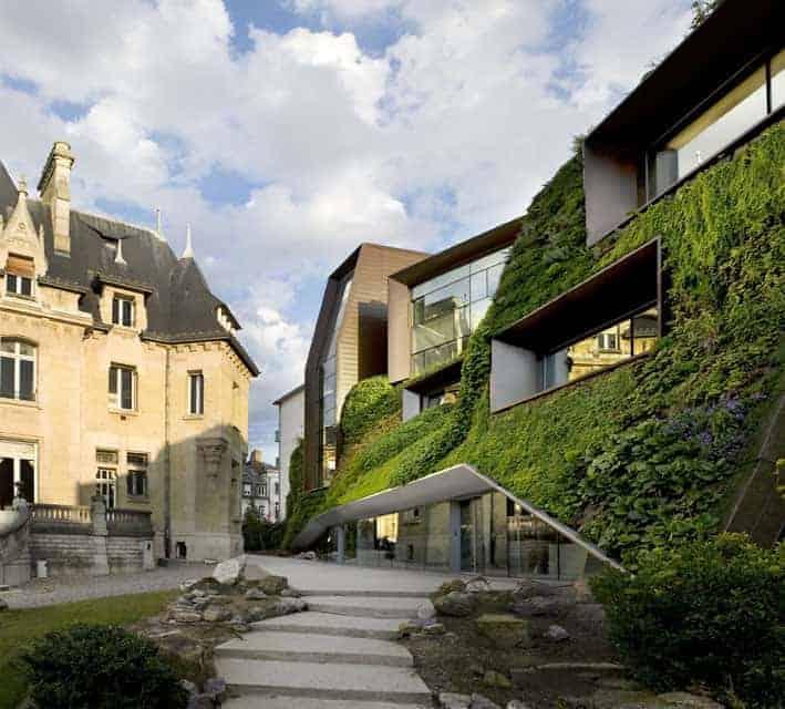 Digitale Führung: Einfach Grün – die Bauten