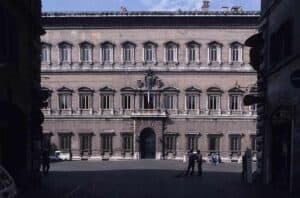 Palazzo Farnese, Blick auf Hauptfassade I © Matthias Quast