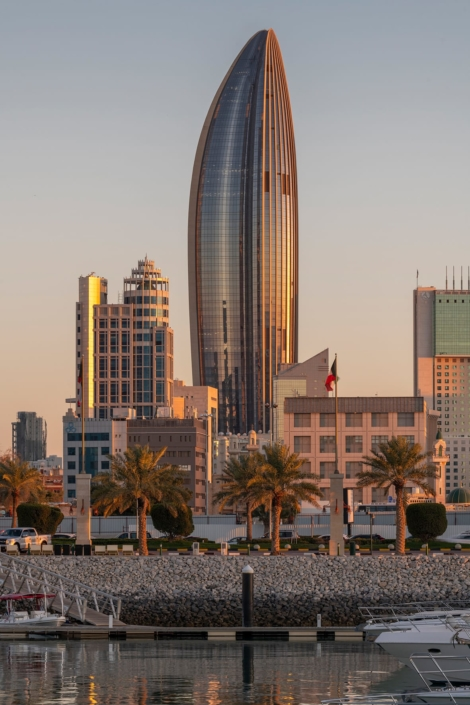 oster + Partners, London, Großbritannien: National Bank of Kuwait – NBK Tower, Kuwait-Stadt, Kuwait