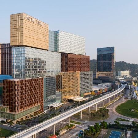 Kohn Pedersen Fox, Associates, New York City, New York, USA: MGM Cotai, Macau, China